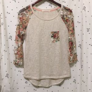 [Do Not Disturb] Floral Lace Baseball Tee